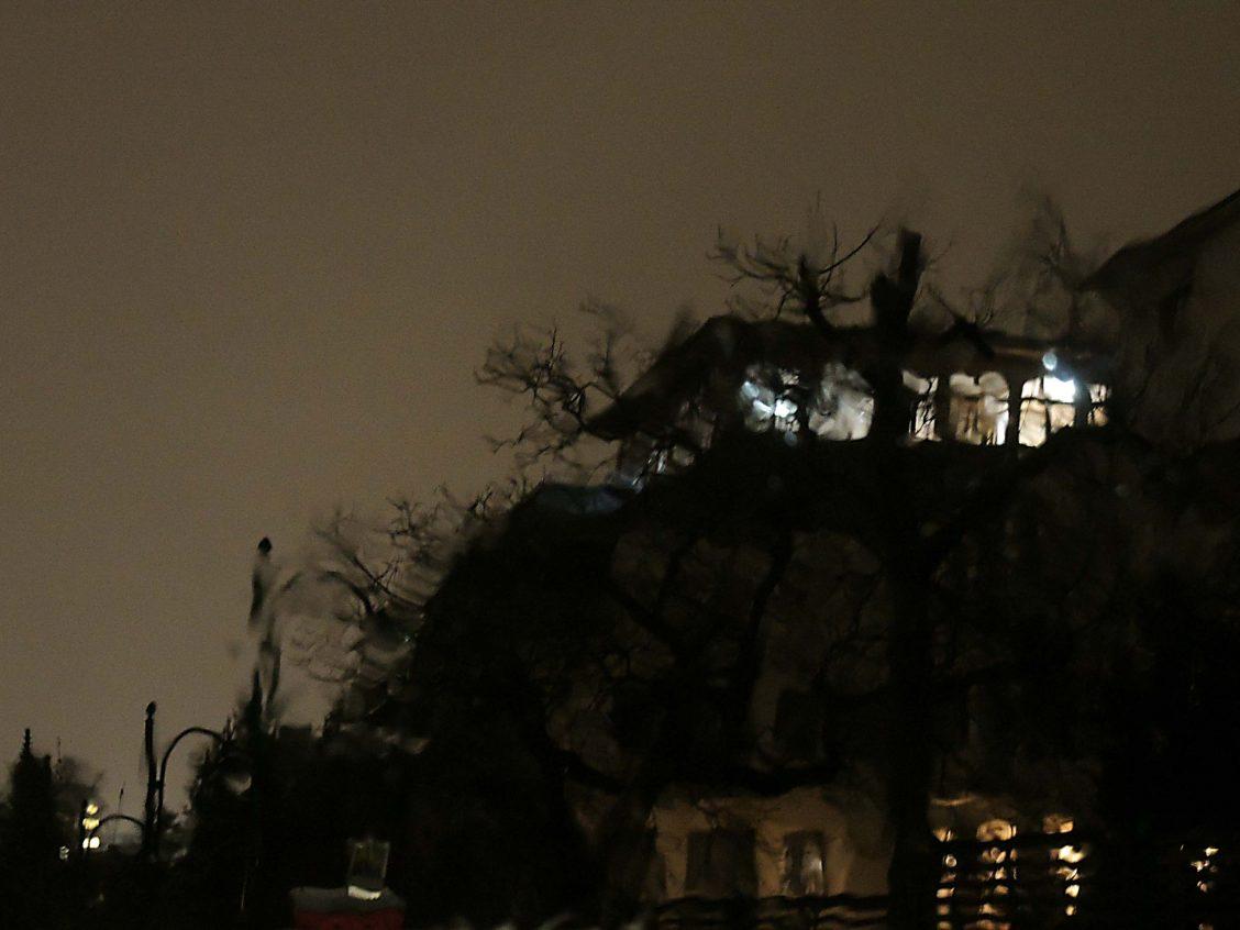 Sanatorium Liebhartstal bei Nacht, Haupthaus